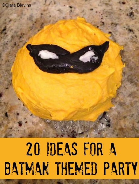 20 Ideas for a Batman Themed Party Cupcake